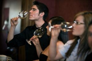 wine-tasting-party