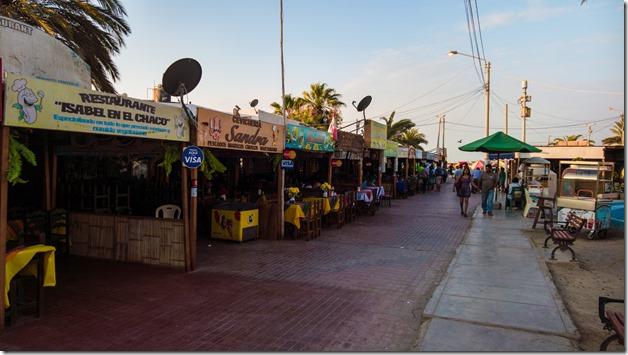 Paracas stalls